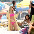 Fiorella Mattheis rodou sequência de 'Vai Que Cola - O Filme' na praia de Ipanema nesta sexta-feira, 6 de março de 2015