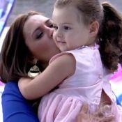 Eliminada do 'BBB15', Tamires reencontra a filha, Maya: 'Surpresa maravilhosa'