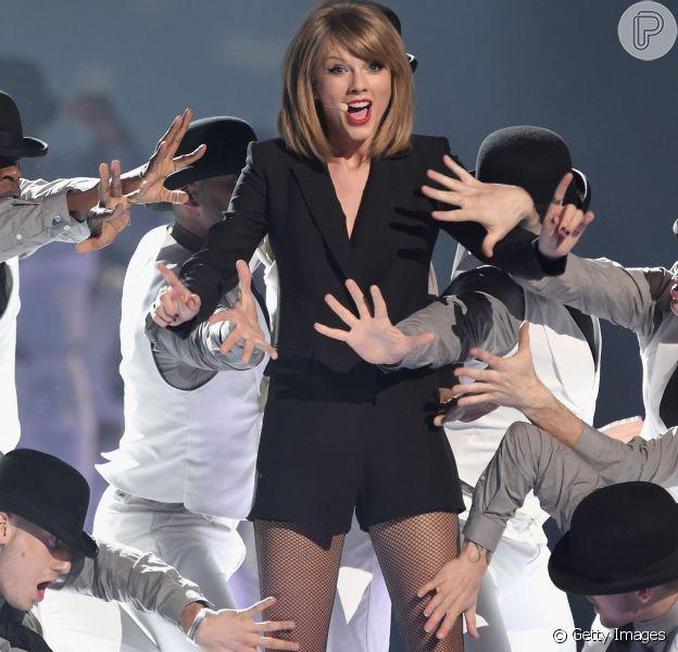 Taylor Swift pagou US$ 122 milhões para colocar as pernas no seguro
