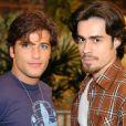 Júnior (Bruno Gagliasso) e Zeca (Erom Cordeiro) tiveram relacionamento homossexual na novela 'América'