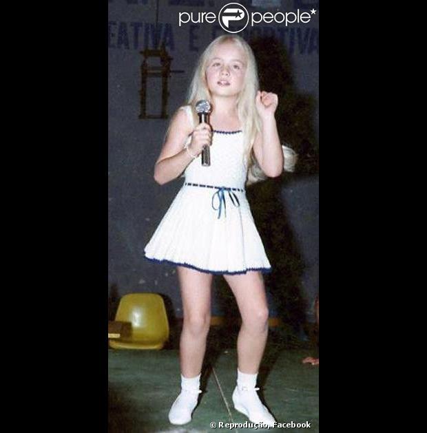 Apresentadora, modelo e atriz, Angélica também é cantora. Nos anos 80 lançou o hit 'Vou de táxi'