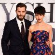 O ator Jamie Dornan colocou um ponto final sobre os rumores de que sua mulher, Amelia Warner, não queria que ele fizesse a trilogia de 'Cinquenta Tons de Cinza': 'Isso é besteira! É claro que ela leu muito bem os scripts e é a maior apoiadora'
