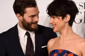 Jamie Dornan confirma que estará na trilogia de '50 Tons': 'Minha mulher apoia'