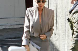 Victoria Beckham afirma que fica nua para desenhar própria linha de roupas