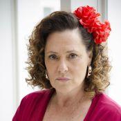 Elizabeth Savala reclama de falta de luz em casa: 'Como faço para ir trabalhar?'