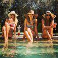 'Sempre de férias' foi a hashtag que a modelo usou para legendar a foto com amigas na Califórnia, onde mora