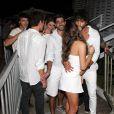 Bruna Marquezine e Marlon Teixeira foram flagrados aos beijos no Réveillon