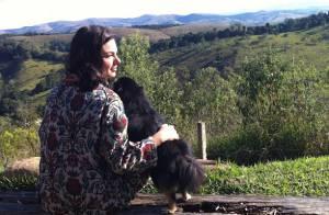 Isis Valverde descansa em Minas Gerais após pré-estreias de 'Faroeste Caboclo'