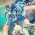 No final de 2014, Sabrina Sato e João Vicente de Castro embarcaram de férias para a Jamaica, onde mergulharam