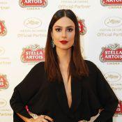Thaila Ayala usa look superdecotado no Festival de Cannes: 'Dama da noite'