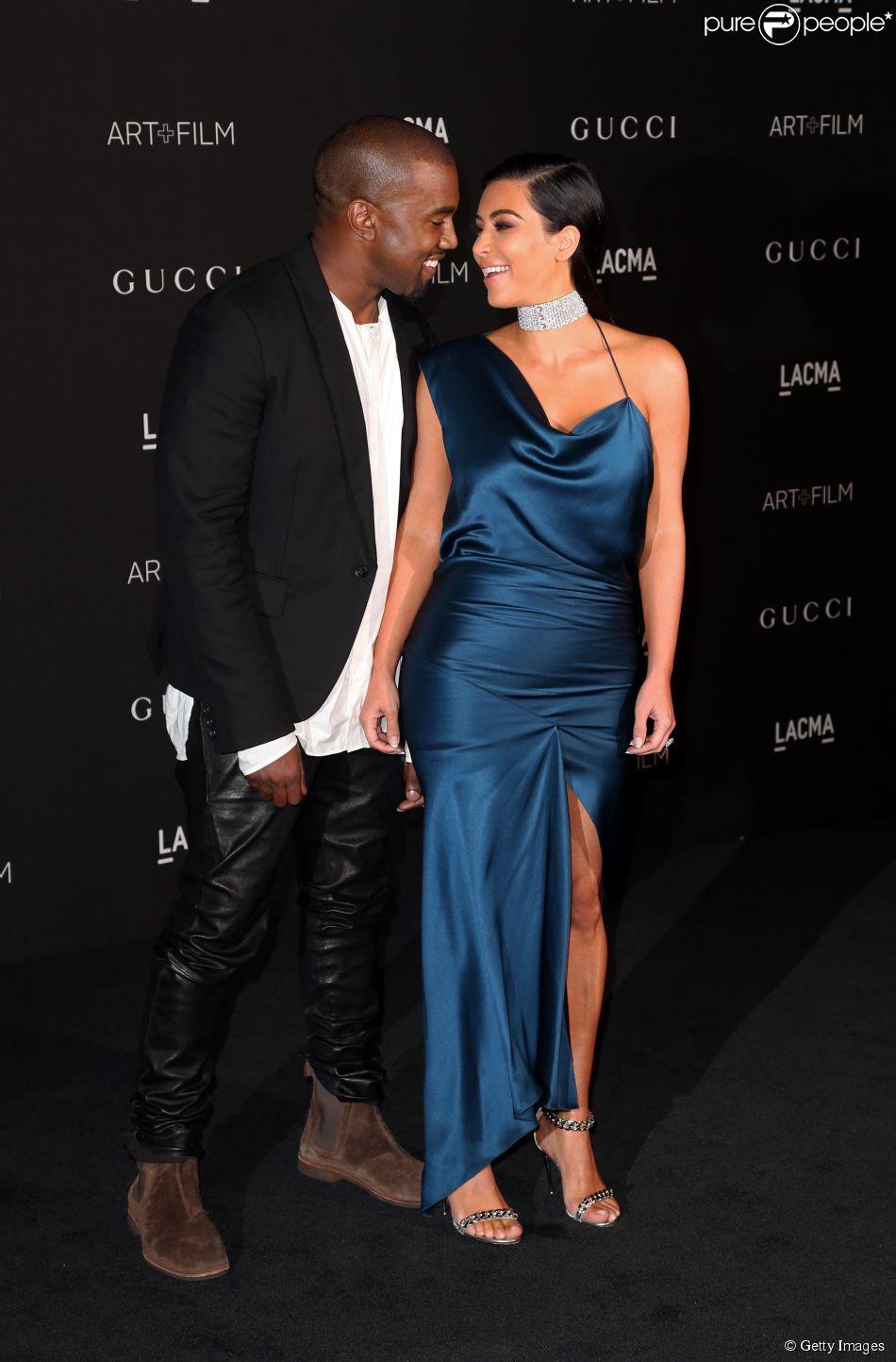 Kim Kardashian e Kanye West comemoram 1 ano de casados, em 24 de maio de 2015