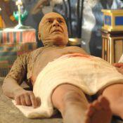 'Os Dez Mandamentos': Zécarlos Machado leva 4 horas para virar múmia. Fotos!