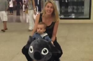 Ana Hickmann se diverte com o filho em shopping e restaurante japonês. Vídeos!
