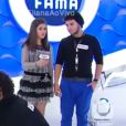 Maisa Silva assite a um número de mágica no 'Programa da Eliana'
