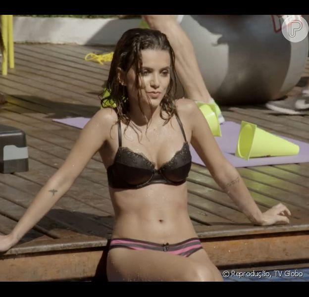 Manu Gavassi apareceu apenas de lingerie no capítulo de 'Malhação' desta quinta-feira, 18 de junho de 2015