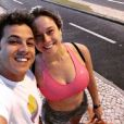 Fernanda Gentil tem feito exercícios constantes para manter a forma