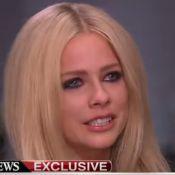 Avril Lavigne chora ao falar sobre sua doença: 'Vou sair dessa recuperada'