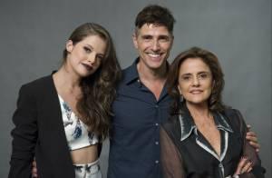 'Verdades Secretas': Fanny flagra o namorado, Anthony, com Giovanna na cama