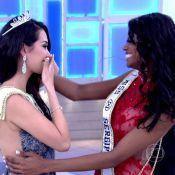 Catharina Choi recebe coroa do Miss Mundo Brasil pelas mãos de Ana Luísa Castro
