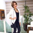 A calça também não fica de fora do guarda-roupa de Isabella Santoni