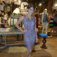 Estilosa, Isabella Santoni aposta em peças como vestidos, saias e macaquinhos para compor suas produções