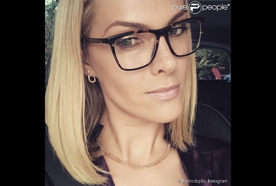 Empresária, Ana Hickmann fatura R$ 400 milhões por ano com a marca que leva seu nome e inclui produtos como óculos, sapatos e joias