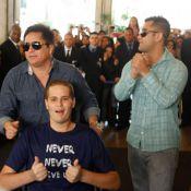 Pedro Leonardo se recupera de acidente e tranquiliza fãs:'Estou ficando bom'