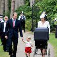 Kate Middleton e príncipe William batizam a filha caçula, Charlotte, neste domingo, 5 de julho de 2015