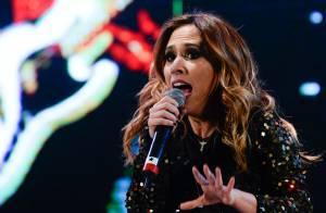 Tatá Werneck canta e rebola durante show de lançamento da Banda Renatinho em SP