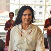 Regina Duarte leiloa figurinos de seus personagens na TV e peças do guarda-roupa