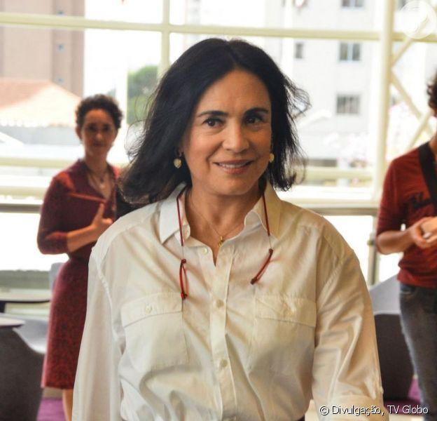 Regina Duarte vai leiloar figurinos de seus personagens nas novelas 'Vale Tudo', 'Por Amor' e 'Desejos de Mulher'