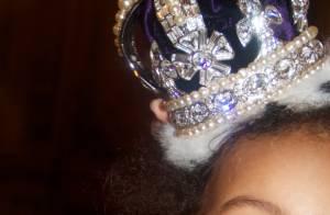 Beyoncé publica foto de Blue Ivy com coroa de pérolas