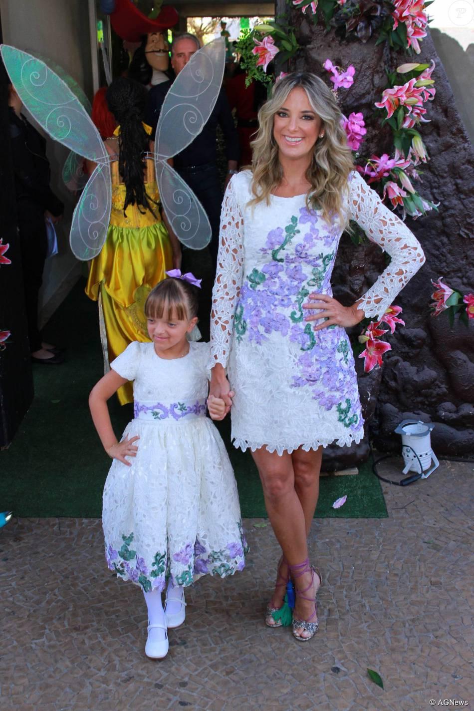 8214bc524755f5 Rafaella Justus usou um vestido semelhante ao da mãe, Ticiane ...
