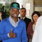 Thiaguinho recebe alta do hospital após 3 dias internado. Médico descarta câncer