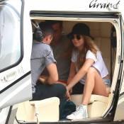 Cara Delevingne chega de helicóptero para ver show de Rihanna no Rock in Rio