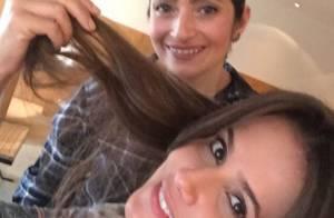 Deborah Secco muda o visual com mega hair: 'Brincar de ter cabelo grande!'