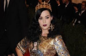 Katy Perry manda recado para Kristen Stewart negando namoro com Robert Pattinson
