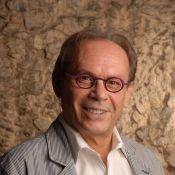 José Wilker completa 66 anos como diretor da peça 'Rain Man', em cartaz no Rio