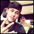 Neymar está de volta ao Brasil e posta foto no Instagram