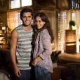 Natália (Daniela Escobar) se casa com Juliano (Bruno Gissoni) eDoralice (Rita Guedes) não esconde sua tristeza, em 'Flor do Caribe'
