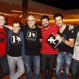 Fábio Porchat reunido com o elenco de humoristas do 'Porta dos Fundos', grupo do qual faz parte