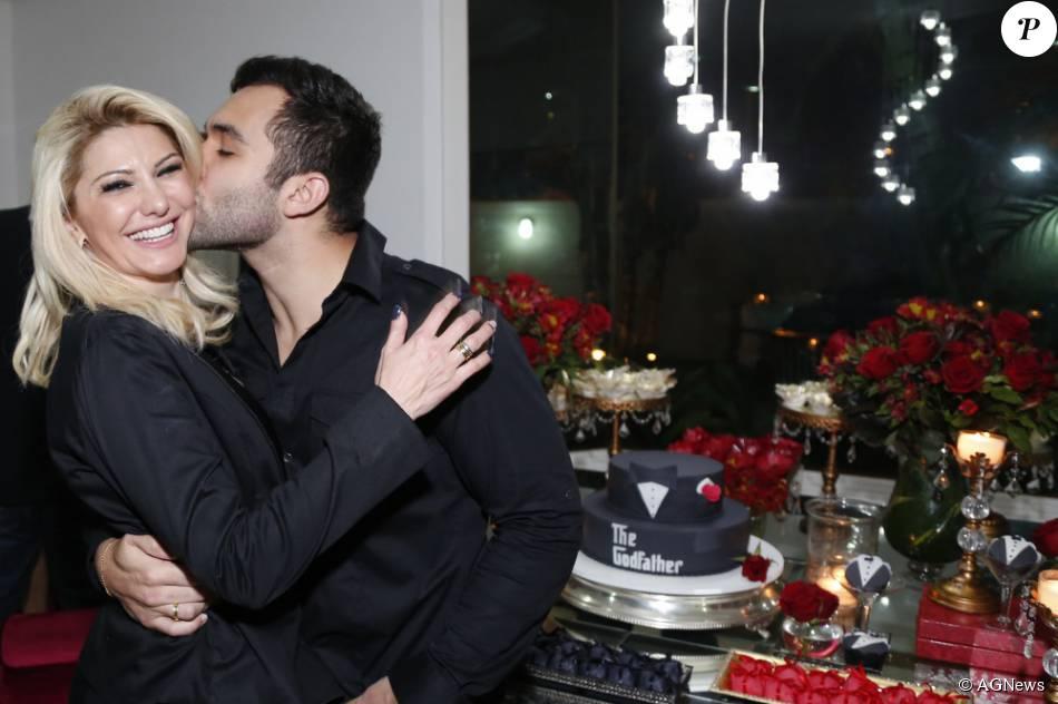 Casamento de Antonia Fontenelle e Jonathan Costa foi avaliado em R$ 500 mil. Atriz e funkeiro se casam neste sábado, 12 de dezembro de 2015
