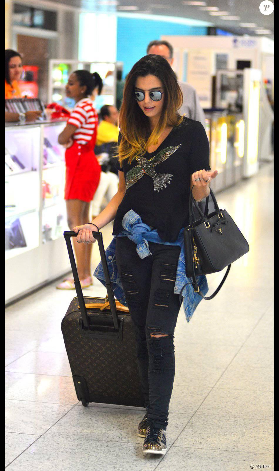 Giovanna Lancellotti embarca no Rio com mala de R$ 14 mil e bolsa de R$ 2,6 mil