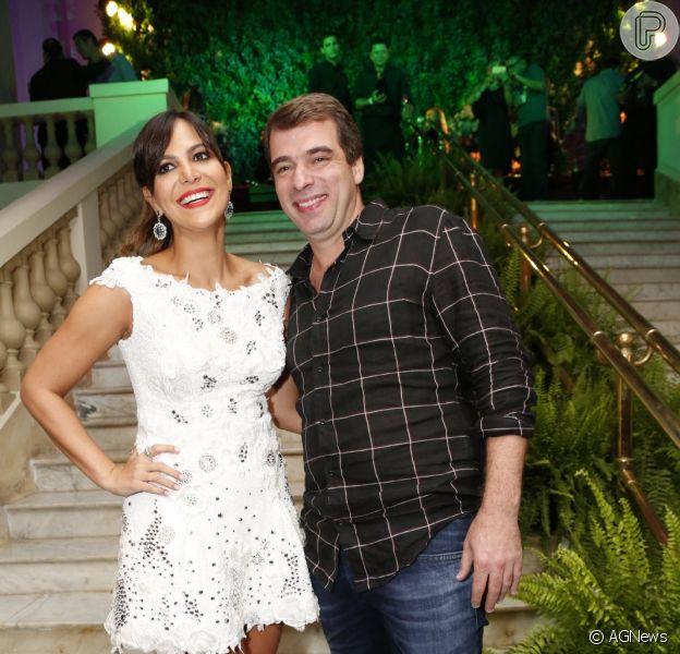 Carol Sampaio e o secretário-chefe da Casa Civil da Prefeitura do Rio, Guilherme Schleder, terminaram noivado após um pouco mais de cinco meses, diz a coluna 'Retratos da Vida', do jornal 'Extra', nesta segunda-feira, 14 de dezembro de 2015