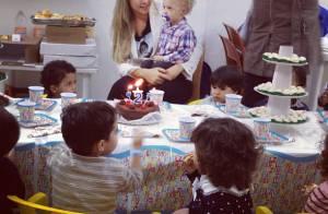 Davi Lucca, filho de Neymar, comemora aniversário de 2 anos com amigos da igreja