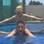 De férias, Neymar aproveita manhã de sol em piscina ao lado do filho, Davi Lucca