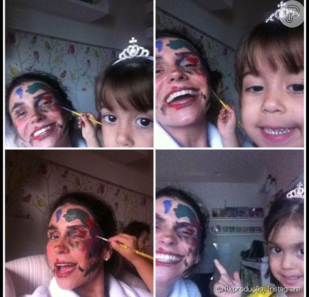 Giovanna Antonelli posa toda pintada pelas filhas, Antônia e Sofia, de seis anos. A atriz pulbicou a imagem no Instagram e se divertiu: 'Estou linda, kkkk'