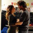 Malu (Fernanda Vasconcellos) fica indignada ao saber que Amora (Sophie Charlotte) a fez pensar que era irmã de Bento (Marco Pigossi) para poder ficar com o florista, em 'Sangue Bom'