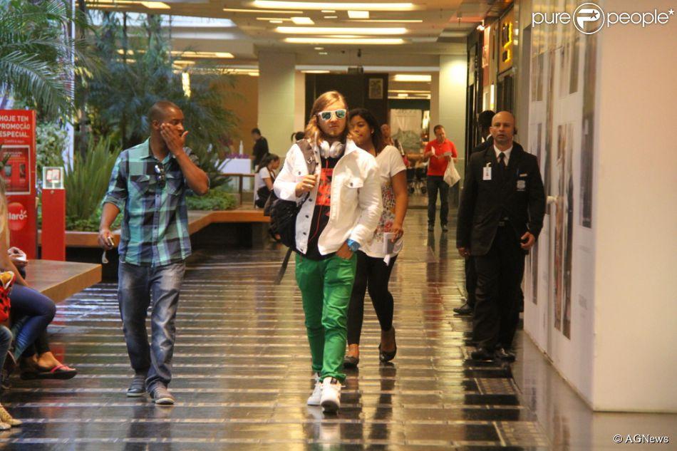 David Getta já está no Rio de Janeiro para abrir o show de Beyoncé na primeira noite do Rock In Rio, nesta sexta-feira. Além da Cidade Maravilhosa ele também se apresentará em Cuiabá e Goiania