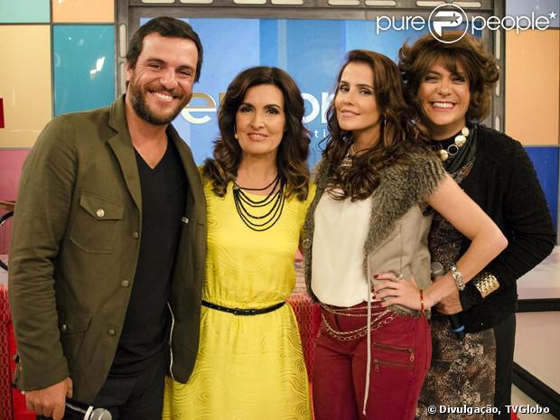 Fátima Bernardes participa do último episódio de 'A Grande Família' e cede o estúdio de seu programa. Rodrigo Lombardi, Deborah Secco e Lúcio Mauro Filho também fazem parte da cena